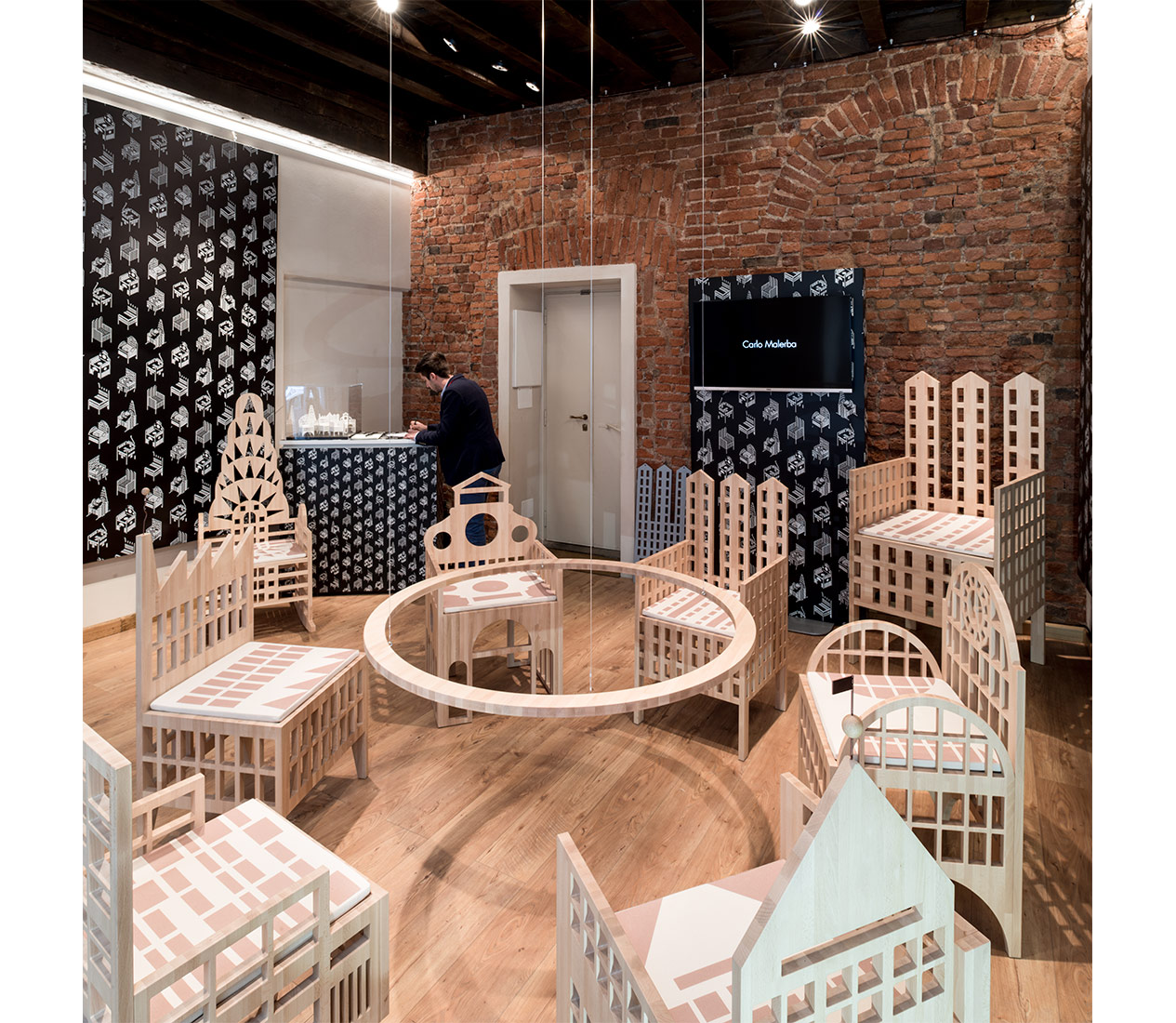 marco-tacchini-photographer-village-chairs-milano_06