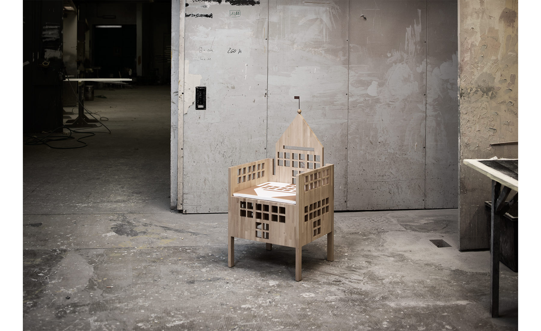 marco-tacchini-photographer-village-chairs_01